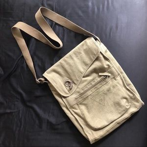 NWOT GUESS Green Book Bag